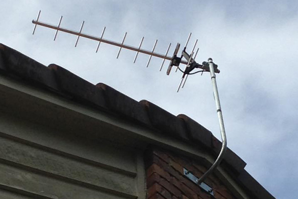 Why Direct Antennas Are Better Than Cable And Satellite
