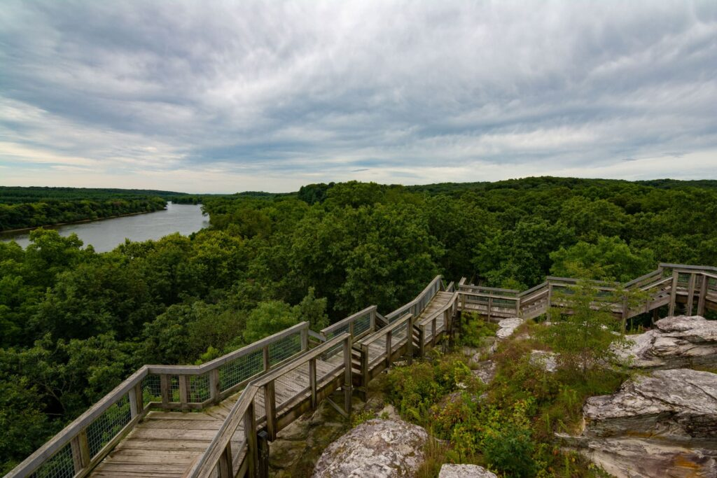 Explore The Best State Parks In Illinois